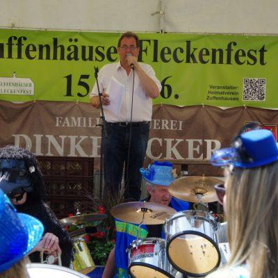 Andreas Goihl vom KC Stg. Rössle eröffnet das Fleckenfest